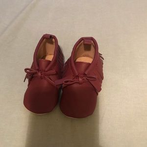 Cute baby girl 6-9 months never worn